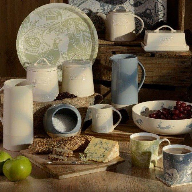 Dzbanek stołowy ceramiczny kremowy DMD